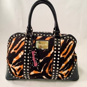 BETSEYVILLE Betsey Johnson ANIMAL Print Weekender